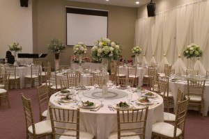 Wedding table and chairs rental