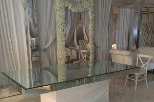 8 ft mirror