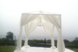 Caterer tenting